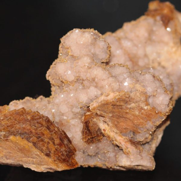 Baryte miel et quartz de Cabrières dans l'Hérault.