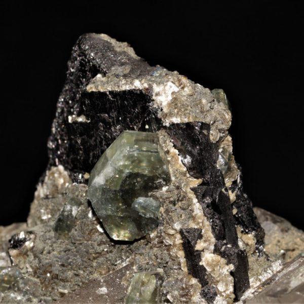 Apatite, wolframite, arsénopyrite, zinnwaldite de Panasqueira au Portugal