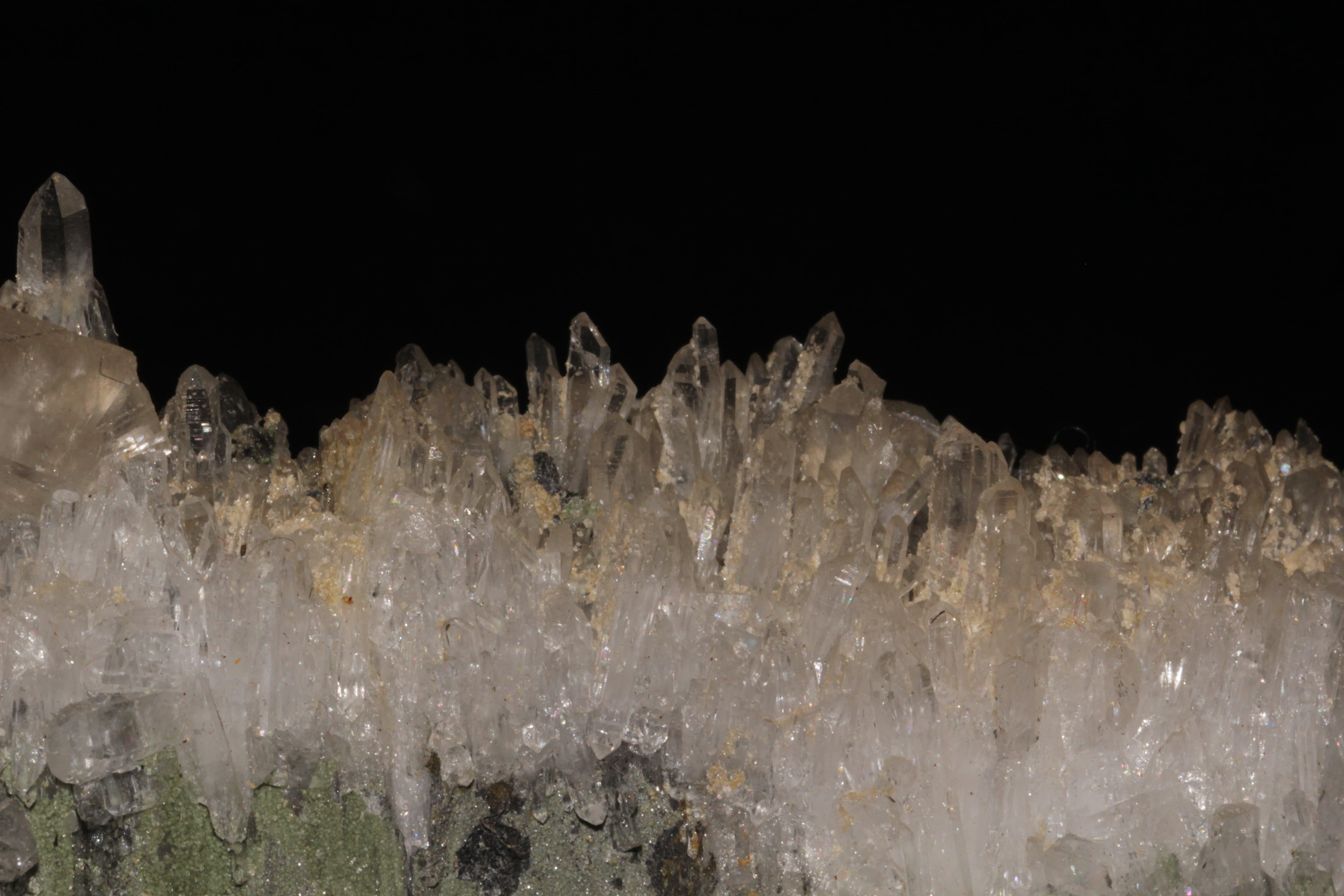 Dolomite, cookéite et quartz, La Mure, Isère.
