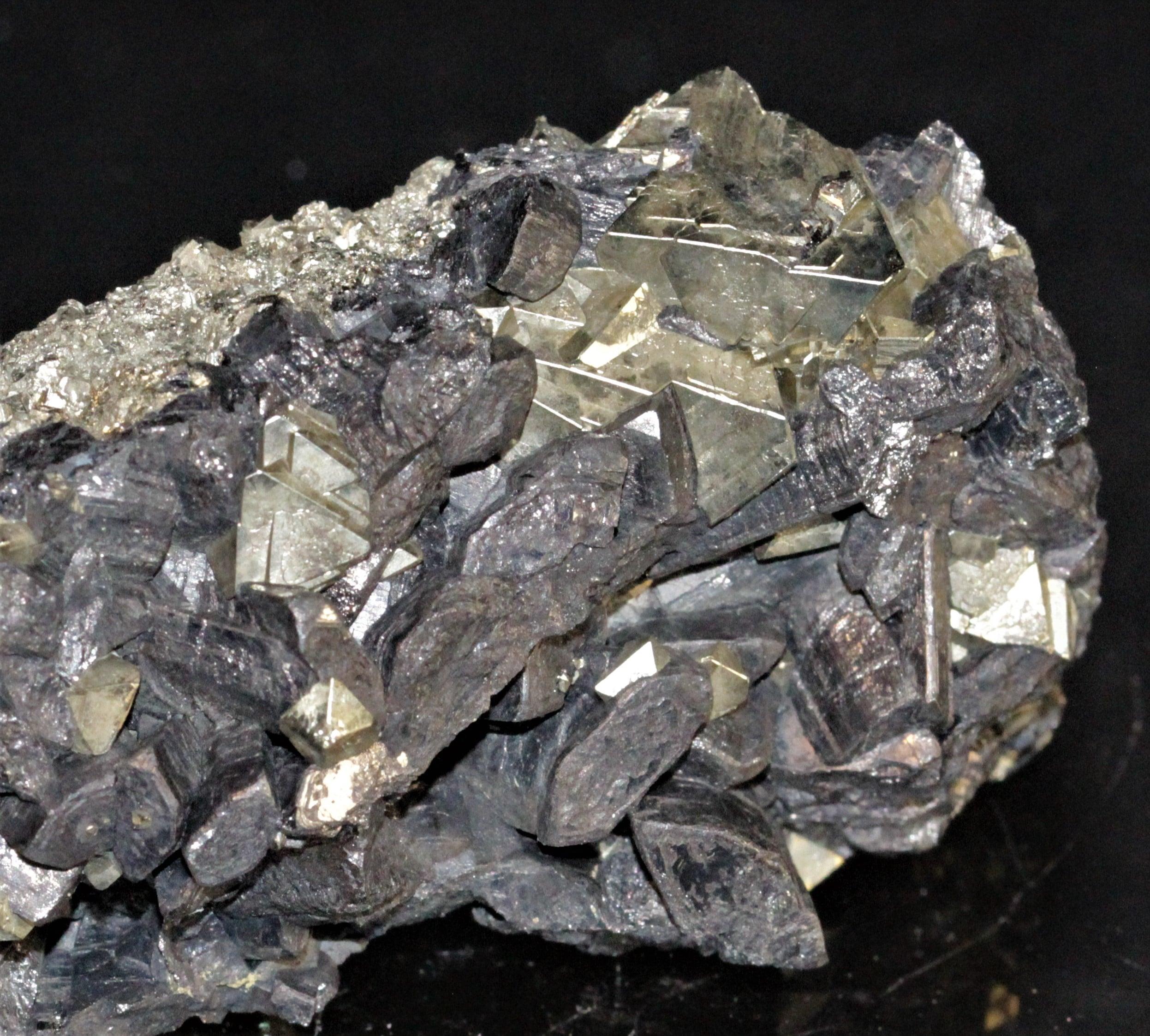 Énargite et pyrite, Colorado, USA.