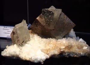 Cristaux de dolomite de la mine de La Mure en Isère.