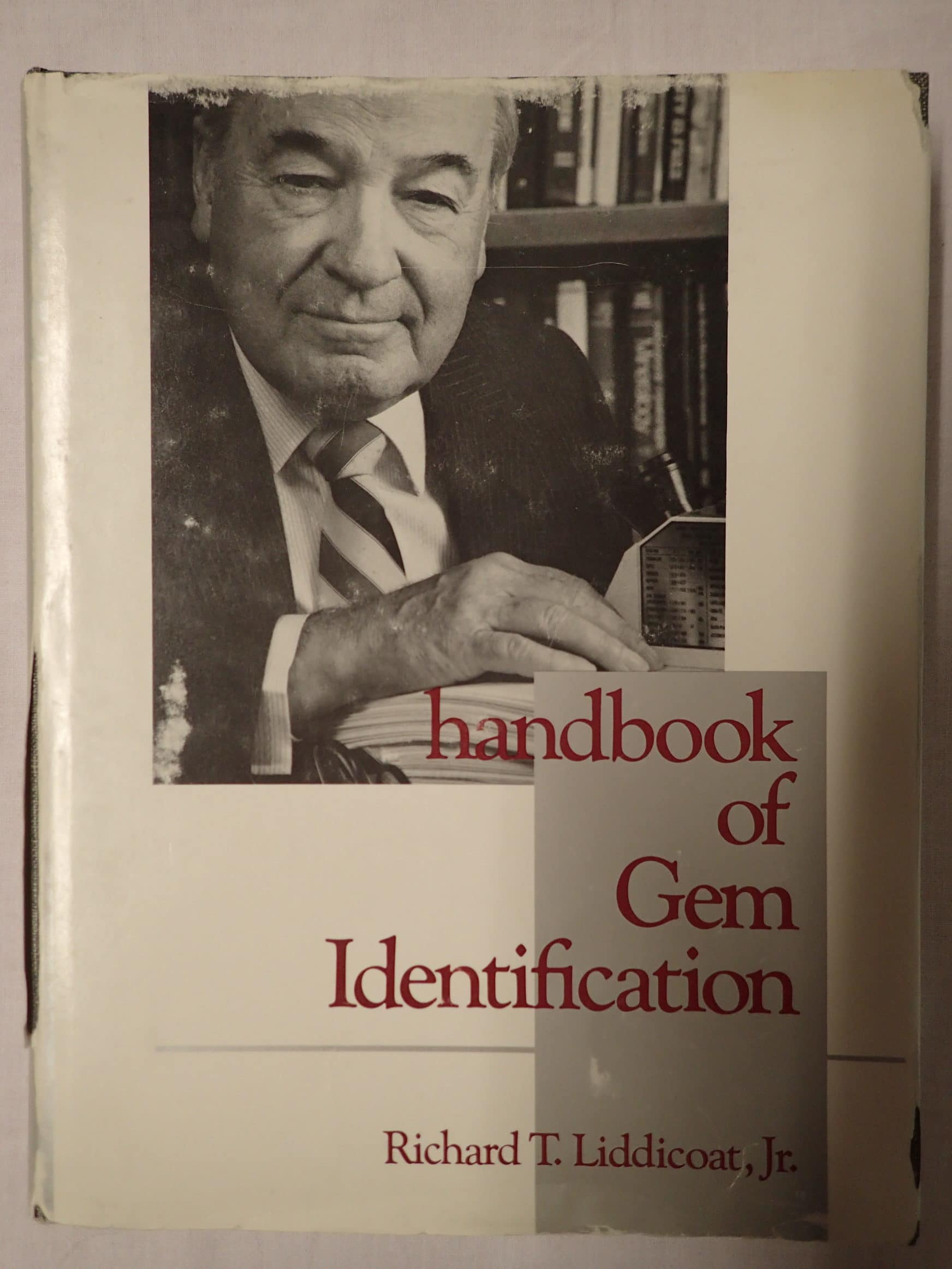 Handbook of Gem Identification (Anglais) Relié – 1 juin 1993 de Richard T., Jr. Liddicoat.