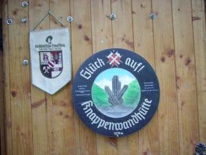 Knappenwand en Autriche, le gîte, sa géologie et ses minéraux (épidote).