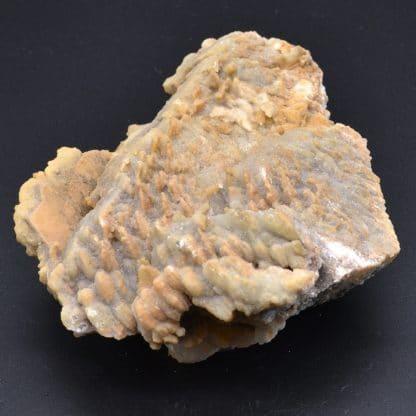 Baryte saupoudrée de fluorite, Les Porres, Var, France.