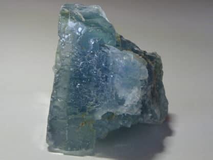 Chalcopyrite et quartz sur fluorine bleue, mine du Burc, Le Burg, Tarn.