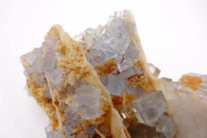 Fluorine bleue, mine du Beix, Saint-Germain-près-Herment, Puy-de-Dôme.