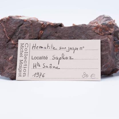 Hématite sur jaspe, Saphoz, Faucogney, Haute-Saône.