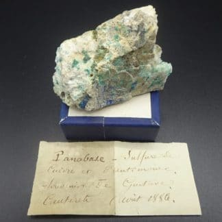 Panabase, azurite et malachite sur quartz, Cauterets, Hautes-Pyrénées.