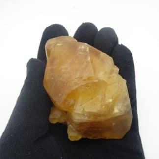Calcite miel, carrière de la Sambre, Landelies, Hainaut, Belgique.