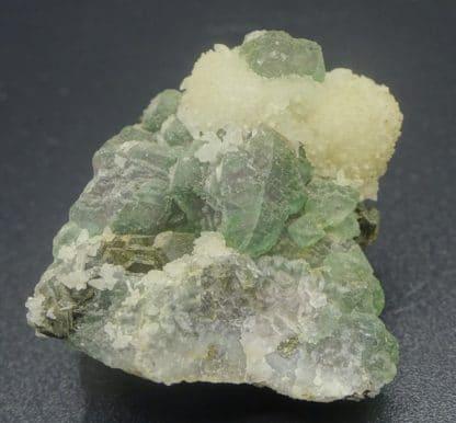 Pyrrhotine hexagonale sur Fluorite verte, Fontsante, Var.