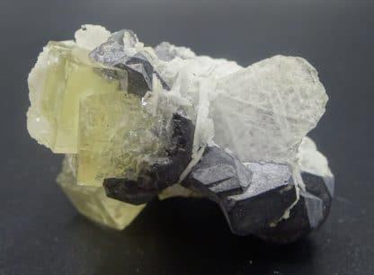 Galène octaédrique et Fluorite jaune, mine de Fontsante, Var.