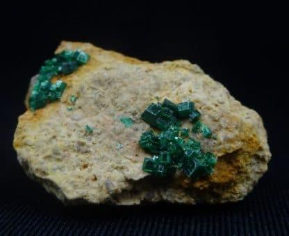 Torbernite, mine de Vénachat, Haute-Vienne, Limousin.