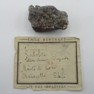 Embolite dans Calcite, Chanarcillo, Chili.
