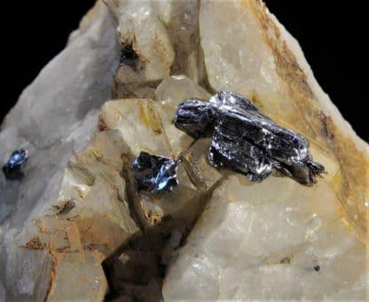 Molybdénite cristallisée, Sarroch, Province de Carbonia-Iglesias, Sardaigne, Italie.