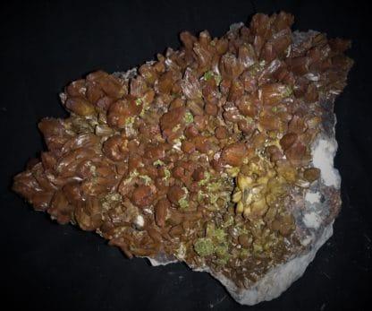 Pyromorphite bicolore, Les Farges, Ussel, Corrèze.