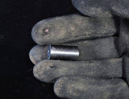 Uranium appauvri en cylindre.