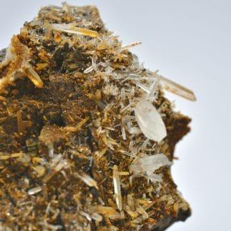 Quartz sur sidérite, mine de Vaulnaveys, Isère.