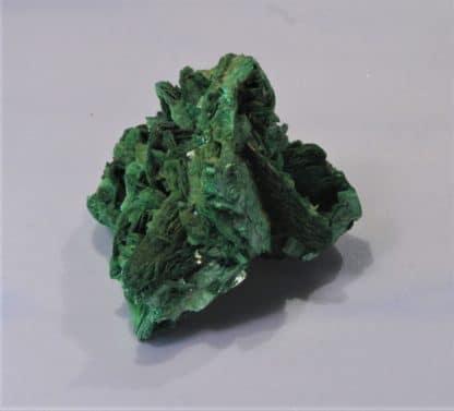 Torbernite en feuillets verts, Les Bois-Noirs, Saint-Priest-la-Prugne, Forez, Loire.