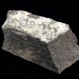 Dolomite sur quartz, Estevelle, Pas-de-Calais, Hauts-de-France.