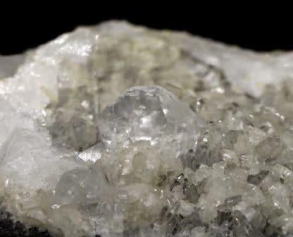 Dolomite et calcite sur quartz, Estevelle, Pas-de-Calais, Hauts-de-France.