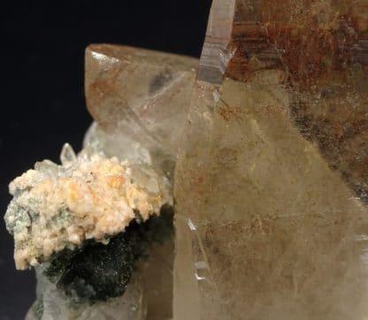 Quartz, chlorite, carrière de Bierghes, Brabant-Wallon, Belgique.