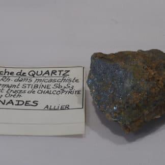 Stibine et Chalcopyrite dans du Quartz, Nades, Allier.
