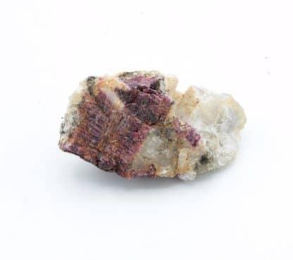 Rhodizite, rubellite, Sahatany, Antsirabe II, Madagascar.