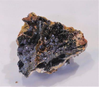 Cuprite, Mine du Moulinal, Tarn, France.