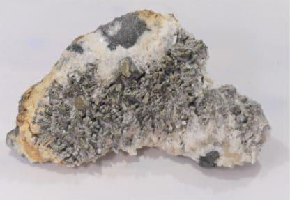 Pyrite sur Calcite, Glageon, Avesnois, Nord, Hauts-de-France.