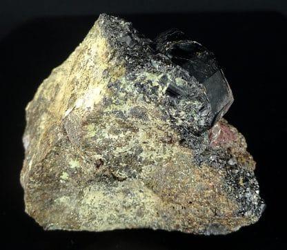 Grenat andradite (Melanite), Copiapo, Atacama, Chili.
