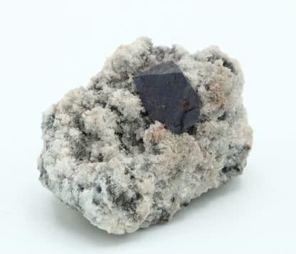 Cristal de Cuprite, mine de Tsumeb, Namibie.