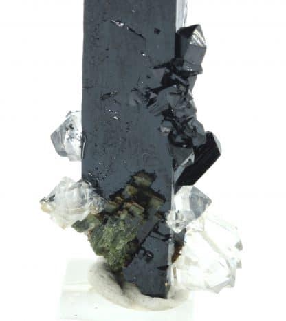 Ilvaïte et Quartz, Boron Quarry, Dalnegorsk, Russie.