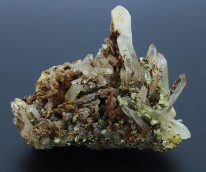 Quartz, sidérite et pyrite, mine de Saint-Pierre-de-Mésage, Isère.