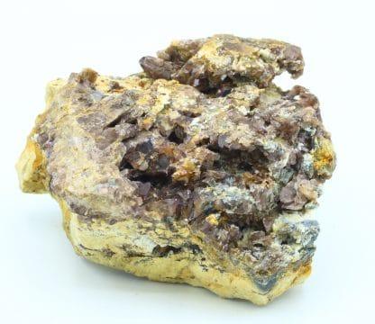 Axinite, Albite et Préhnite, Pêne Arrouye, Campan, Hautes-Pyrénées.