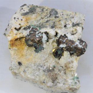 Chalcopyrite et Quartz, Mine de la Gardette, Oisans, Isère.