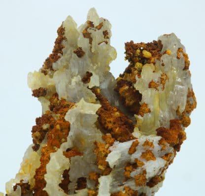 Cérusite stalactite, Le Rossignol, mine de Chaillac, Indre.