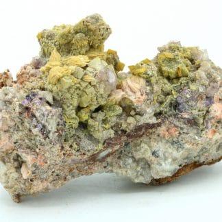 Galène deadbox, mimétite, wulfénite, barytine, fluorite, Lantignié, Rhône.