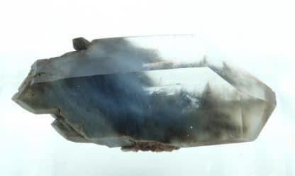 Quartz bleu à inclusions de crocidolite (riébeckite), Brésil.