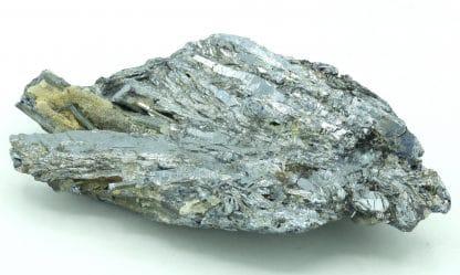 Stibine et quartz de la mine du Dahu à Lubilhac, Haute-Loire.