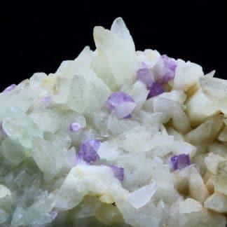 Fluorine violette sur Calcite, Propiac, Drôme.