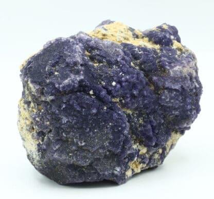Fluorite violette, mine de Rancennes, Fromelennes, Ardennes.
