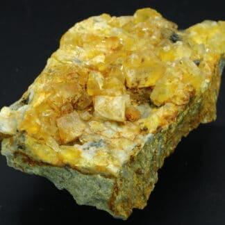 Fluorine et Tétraédrite de Marganges / Le Barlet, près de Langeac en Haute-Loire.