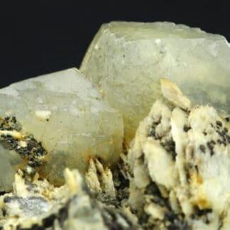 Calcite sur barytine de la mine des Malines à Saint-Laurent-le-Minier