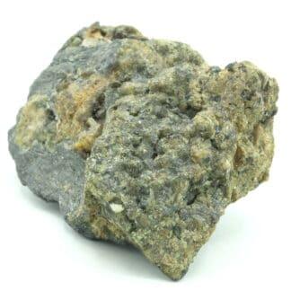 Bismuthinite fibroradiée et grenat, Saxe, Allemagne.