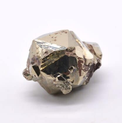 Pyrite en cristaux avec macle, île d'Elbe, Italie.