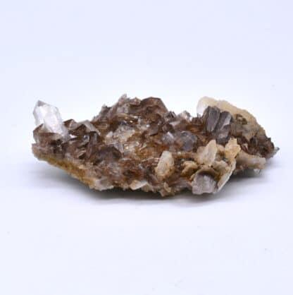 Axinite, calcite et quartz de l'Oisans, Isère.
