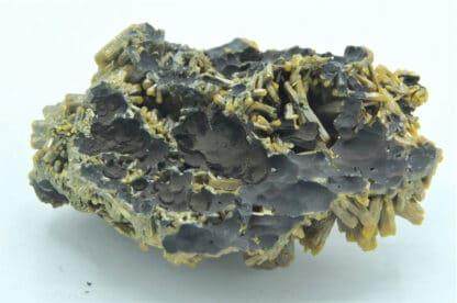 Pyromorphite, Mine des Farges, Ussel, Corrèze, Limousin.