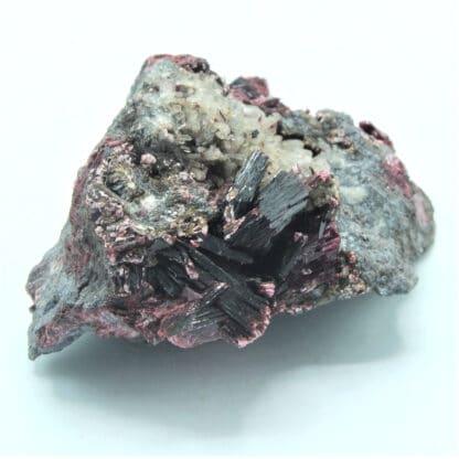 Erythrite (Erythrine) et Quartz, Mine de Bou Azzer, Ouarzazate, Maroc.
