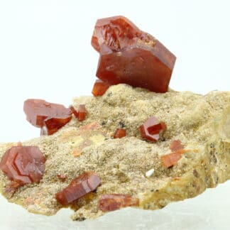 Vanadinite, District minier de Mibladen, province de Midelt, Maroc