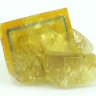 Fluorite jaune à liseré, carrière de Vensat, Puy-de-Dôme.